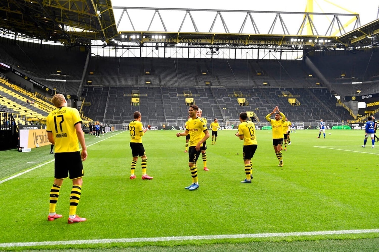 футбол приколы празднование гола германия бундеслига дортмунд боруссия