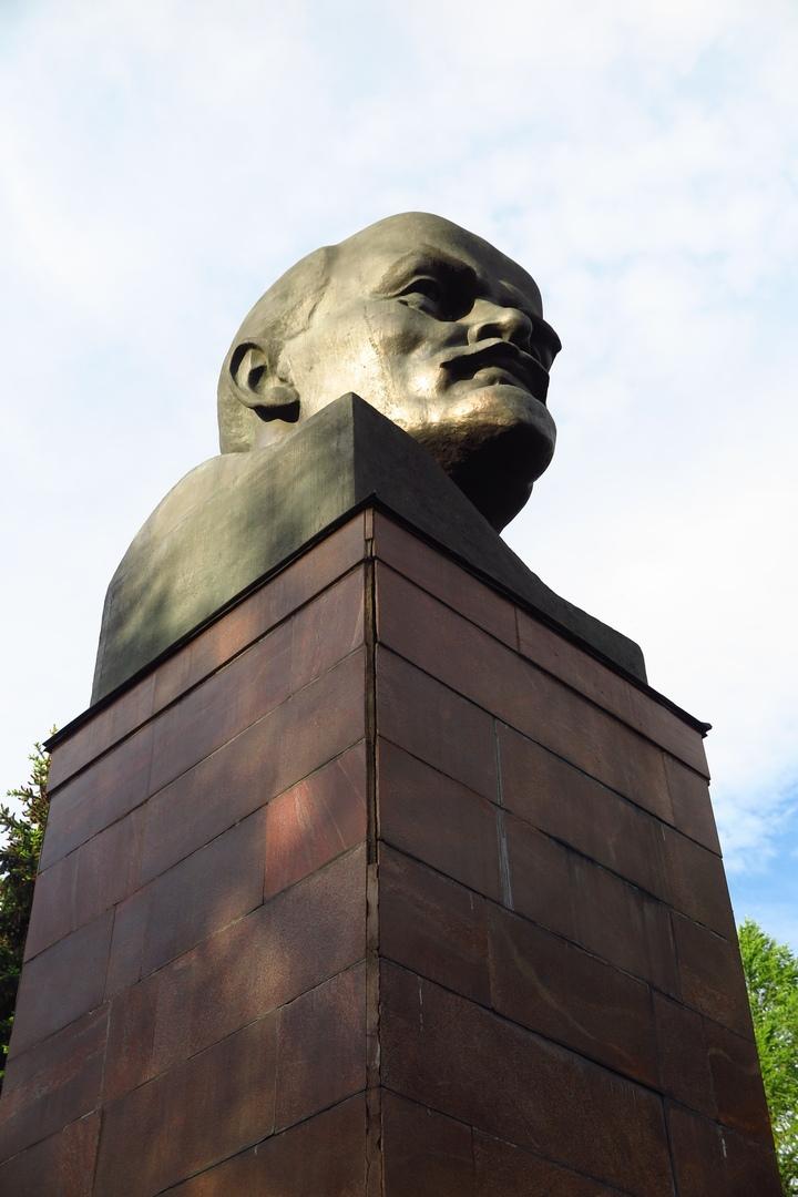 Памятники Ленину в Кирове: существующие и утраченные, изображение №7