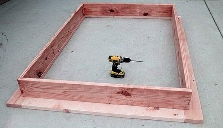 Кровать на подиуме, изображение №4