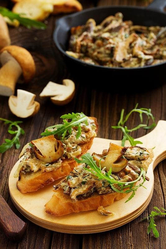 Суп-пюре с белыми грибами, изображение №3