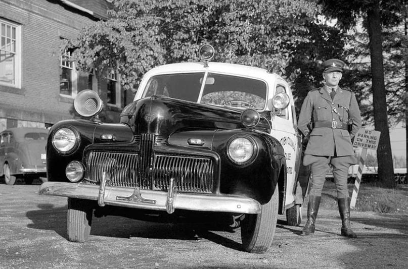 История полицейских авто Америки, изображение №5