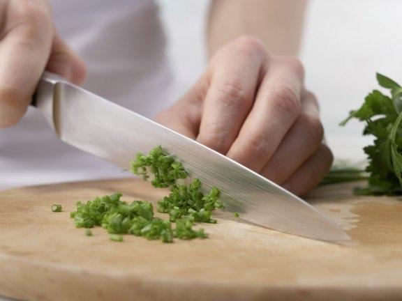 Мясной салат в йогуртово-горчичном соусе