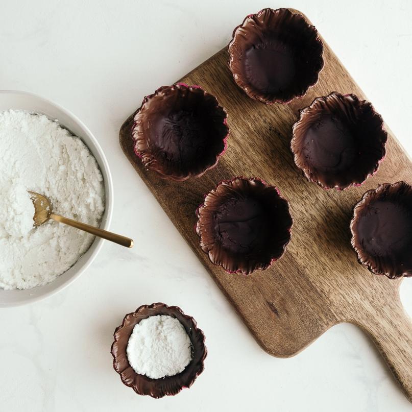 Диетические корзиночки с шоколадом, творогом и смородиной, изображение №7